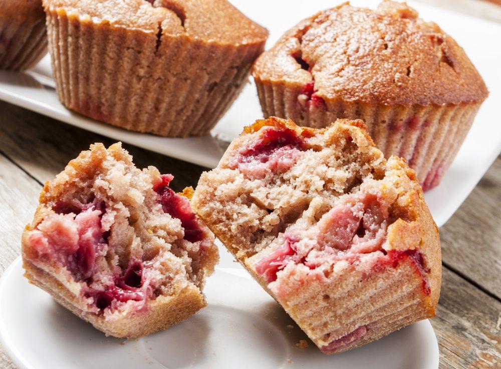 Une recette de muffin minceur pour le déjeuner aux framboises