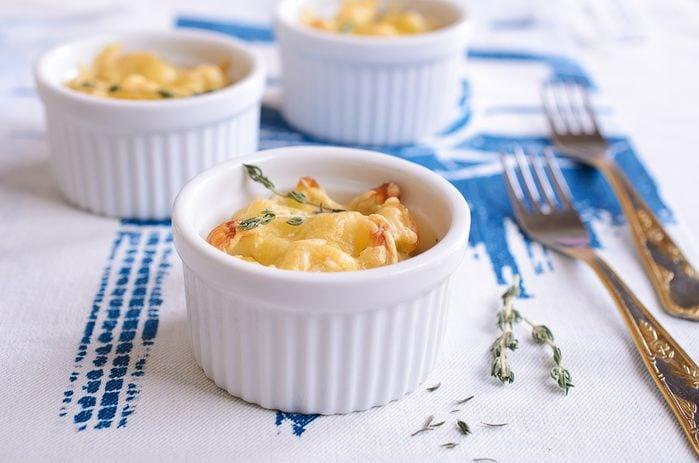 Une recette d'oeufs cocotte au crabe.