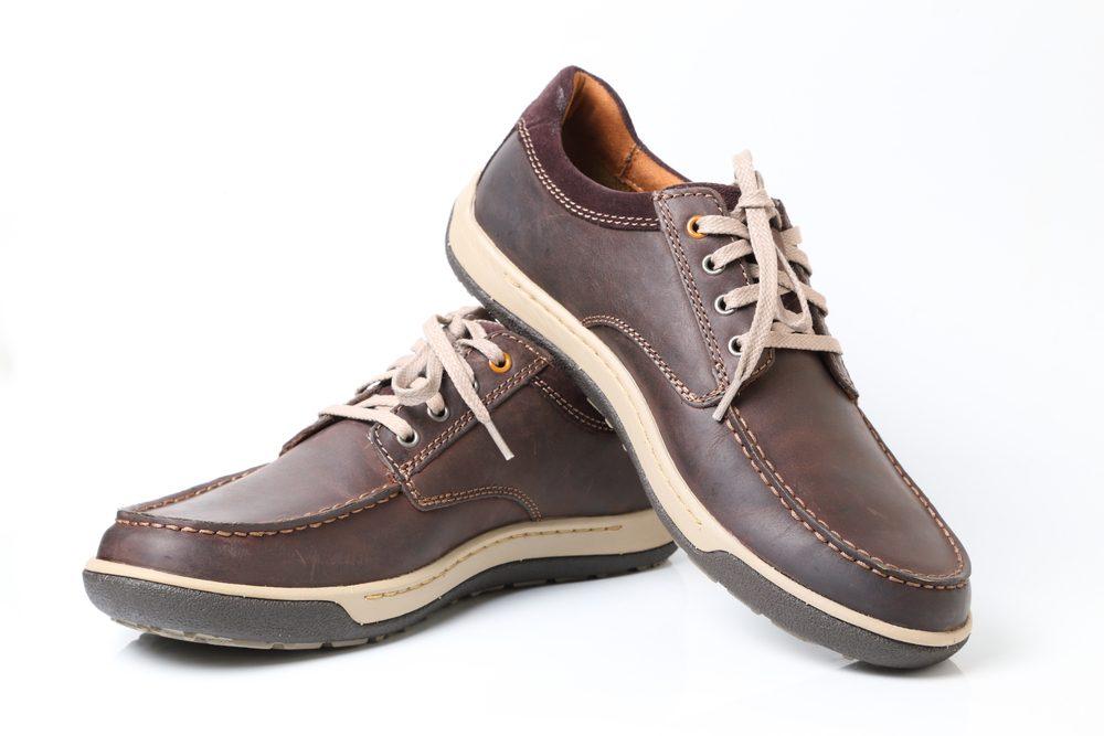 Économiser, les meilleurs trucs et astuces: Prolongez la durée de vie de vos chaussures.