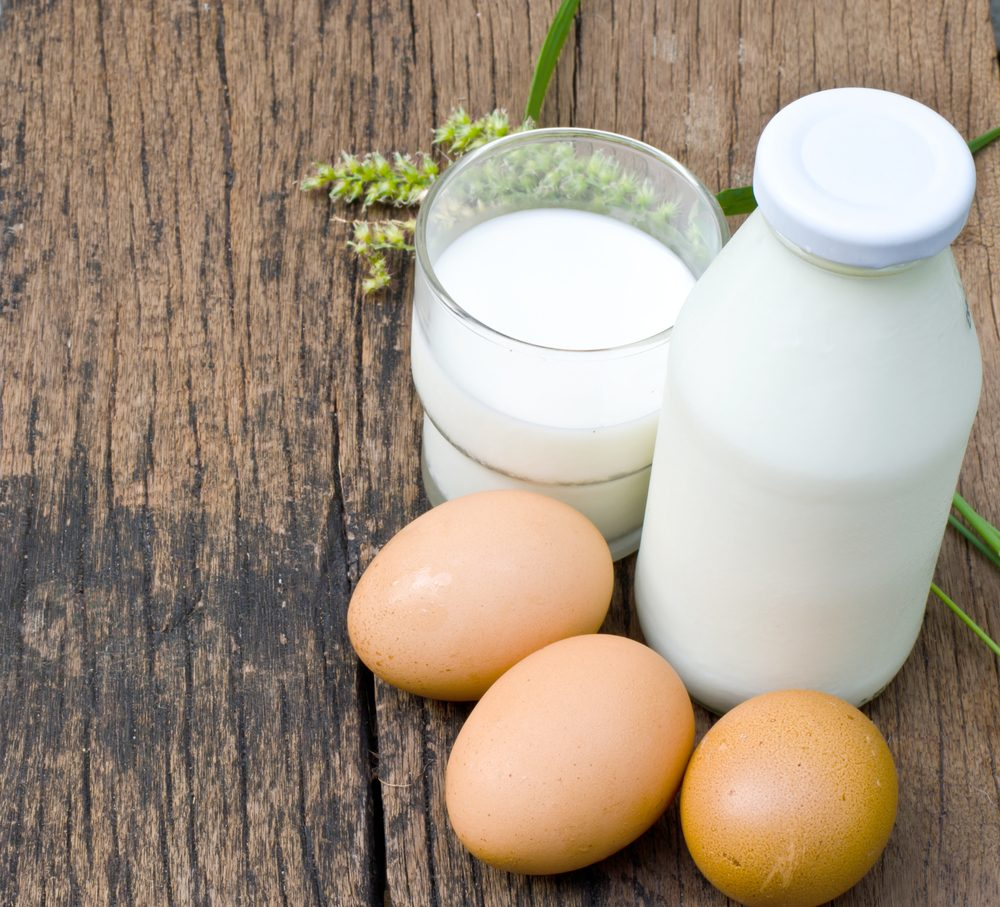 De la vitamine B12 dans les oeufs et le lait.