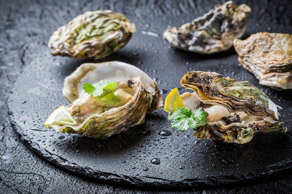 Les huîtres sont une excellente source de zinc.