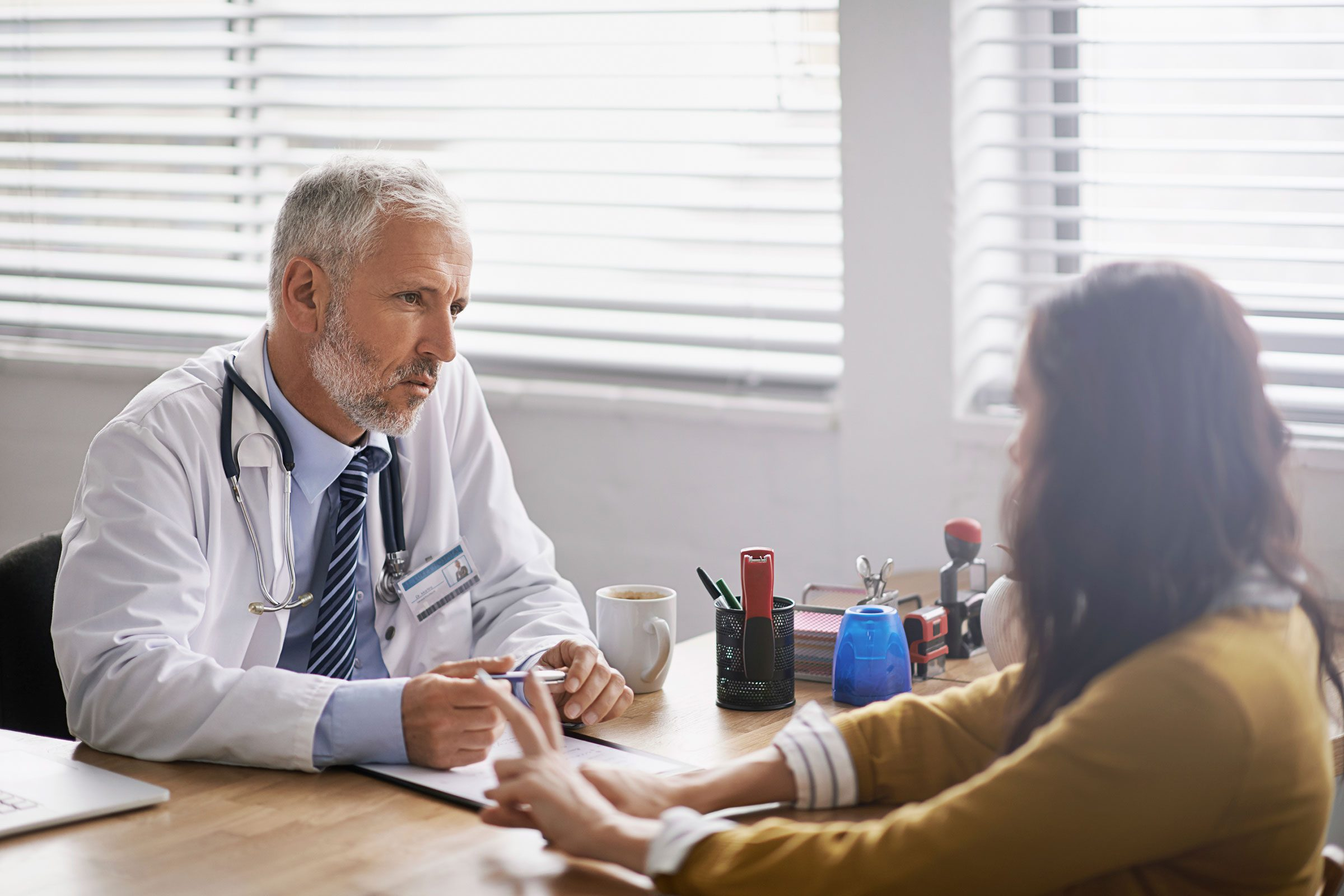 Un diagnostic de cancer du cerveau est terrifiant et les symptômes de la tumeur peuvent ressembler à des maux fréquents.