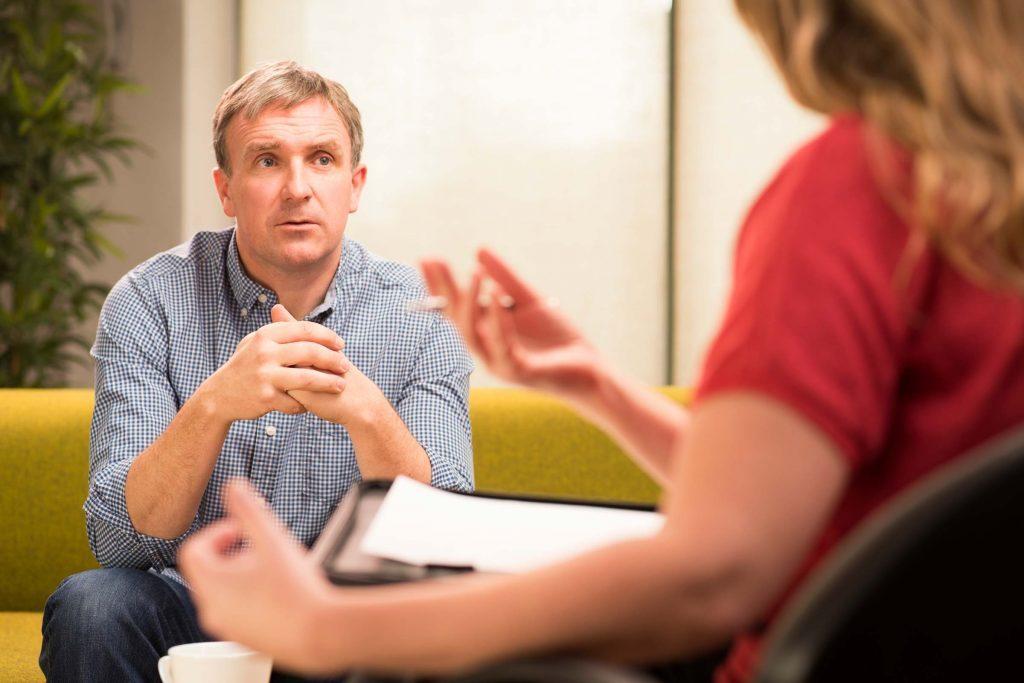Une crise psychotique peut être un signe de lupus.