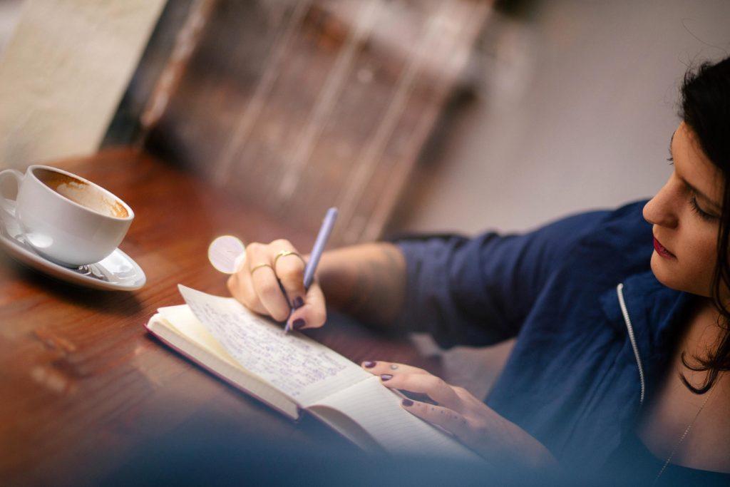 Tenez un journal de votre consommation d'alcool pour vous aider à l'évaluer correctement.