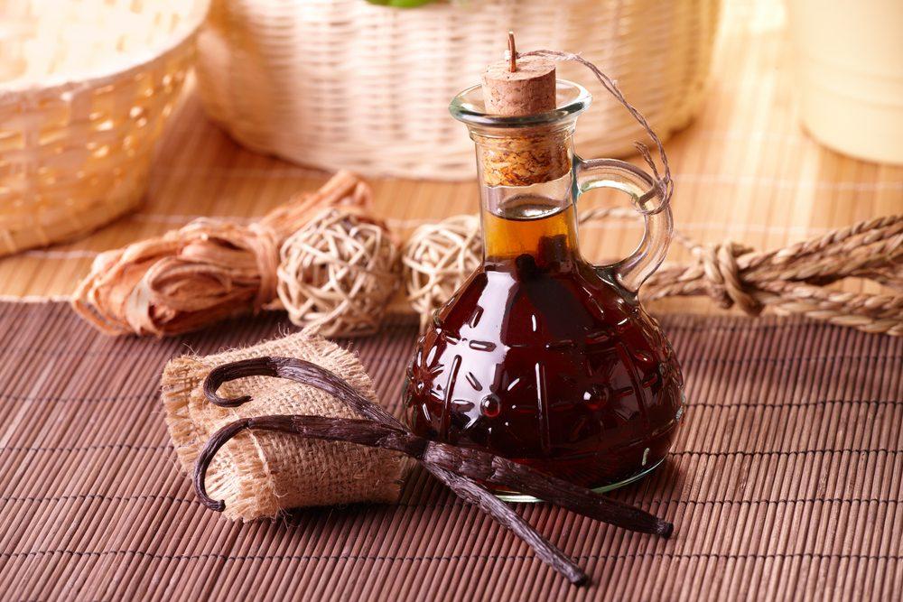 Éliminer les mauvaises odeurs dans votre microonde avec de la vanille.