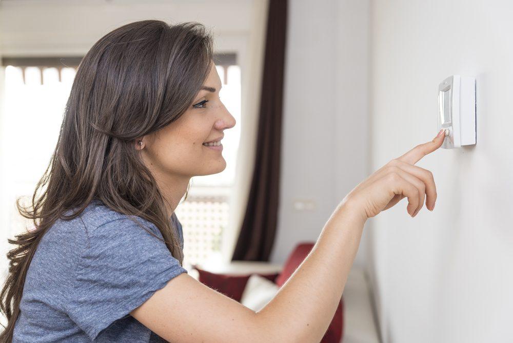 Réduisez vos coûts de chauffage en utilisant un thermostat programmable.