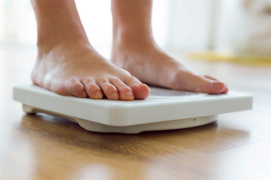 Perdre du poids sans raison est un symptôme de lupus.