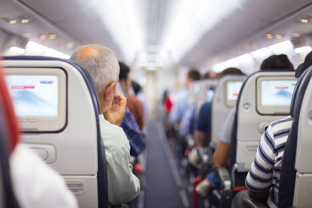 Les vêtements peuvent prendre en feu lors d'un écrasement d'avion.
