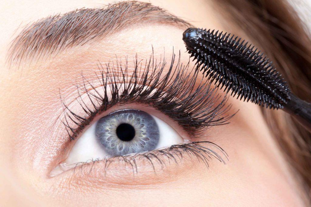 Il est important d'appliquer votre mascara convenablement pour avoir un résultat satisfaisant.