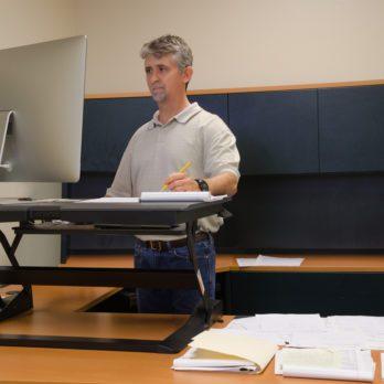 Une table de travail ajustable?