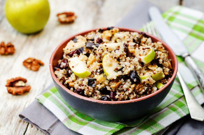 Aliments pour maigrir et favorisant la perte de poids: quinoa.