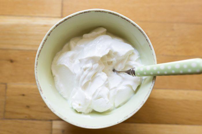 Aliments pour maigrir et favorisant la perte de poids: yogourt grec.