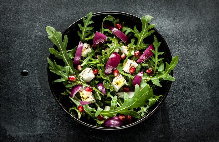 Aliments pour maigrir et favorisant la perte de poids: salade.