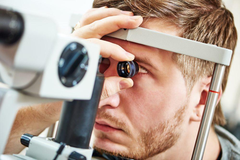 Il est possible de mieux détecter et prévenir un AVC par un examen des yeux