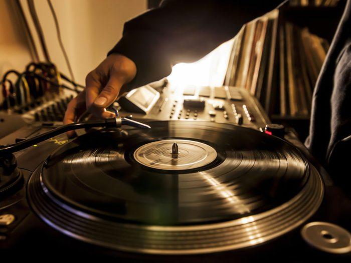 Les amateurs de musique hip hop sont extravertis.