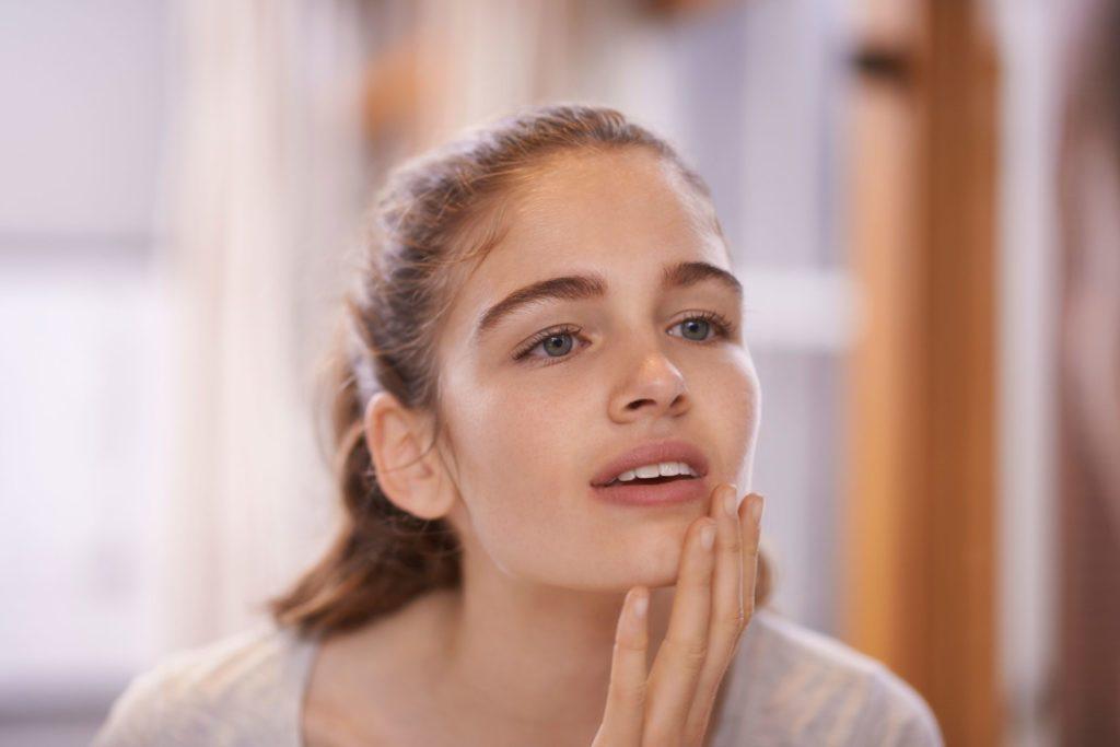 Un teint pâle peut indiquer une anémie.