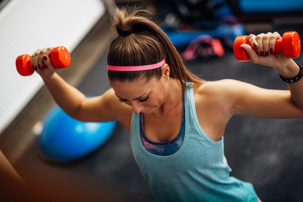 Secrets pour un ventre plat: la musculation.