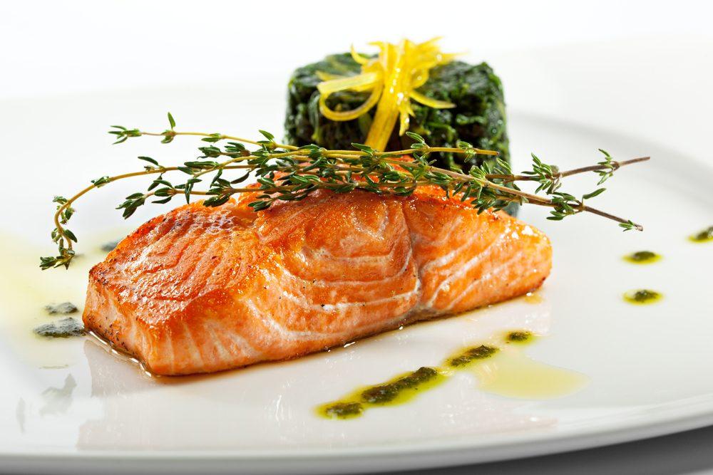 Secrets pour un ventre plat: de petits repas tout au long de la journée