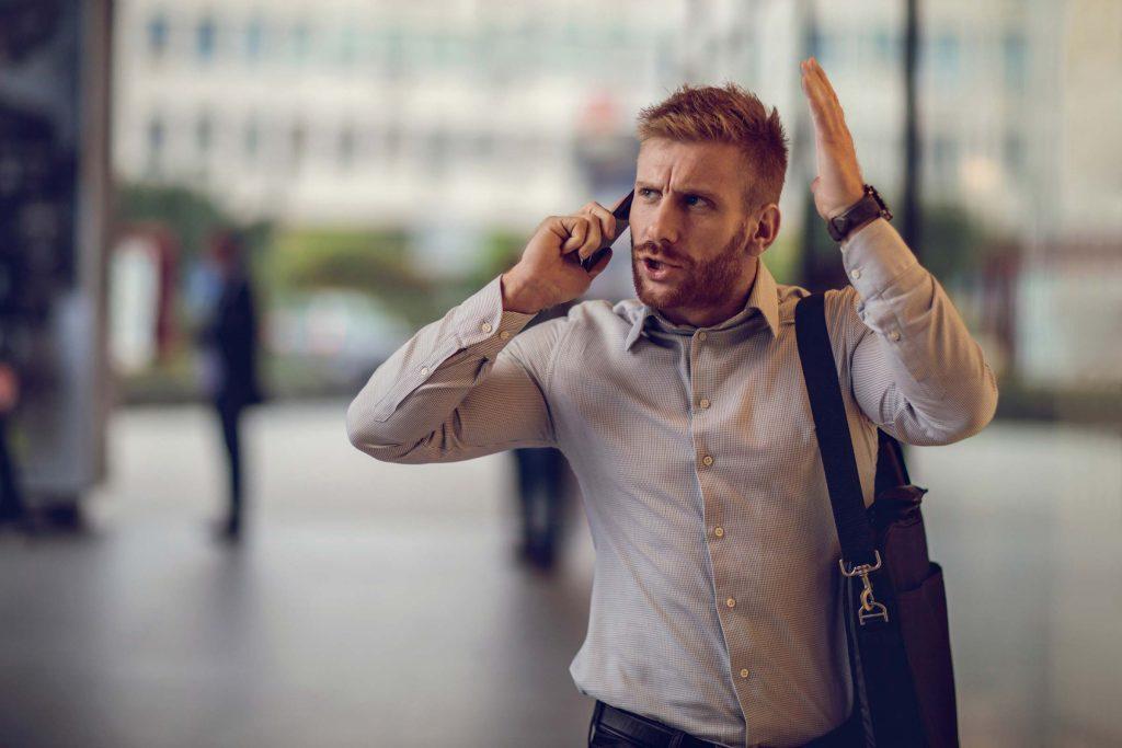 L'irritabilité et la colère disproportionnée peuvent être des symptômes de trouble bipolaire.