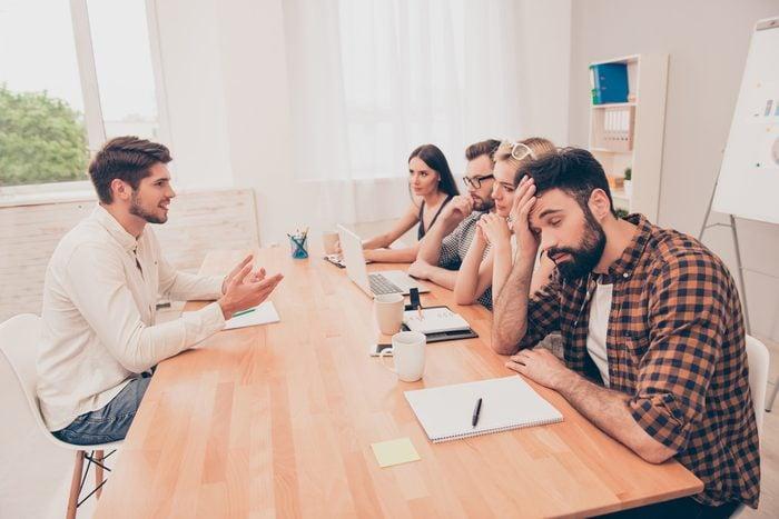 Brown out : n'avez plus envie de participer aux réunions