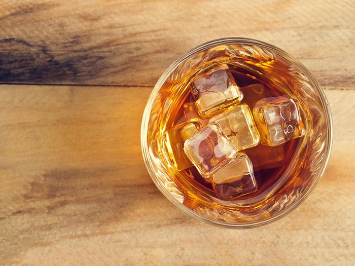 Varier les bouteilles pour limiter sa consommation d'alcool.