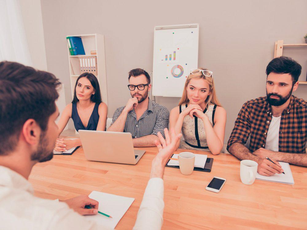 Durant votre entrevue d'embauche, dites toujours: collègueet mentor.