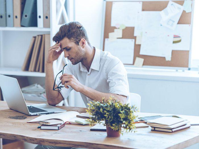 Si votre sommeil n'est pas assez réparateur, vous pourriez être confus et perdre le fil de ce que vous faites.