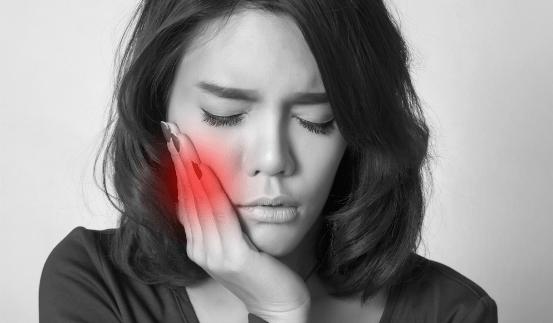 Mal de dents: les 15 meilleurs remèdes naturelscontre les maux de dents