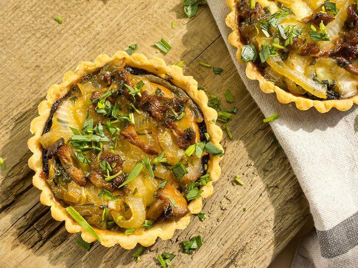 Recette de tartelettes aux champignons et au fromage oka.