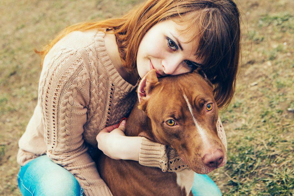 Les chiens sentent lorsque vous entretenez des sentiments négatifs envers d'autres personnes.