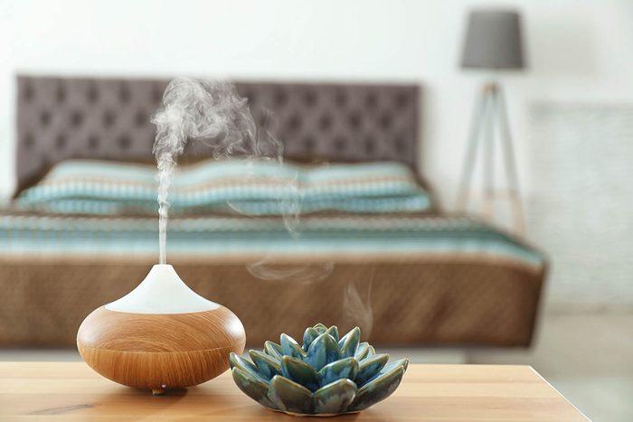 En cas de toux, vérifiez que l'air de la chambre reste humide.