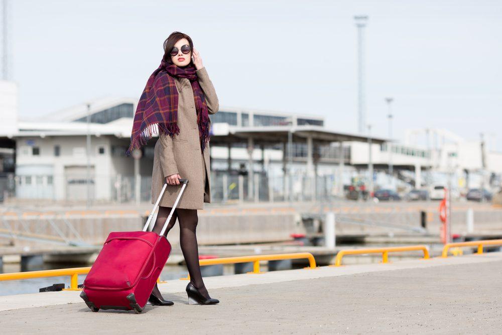 Un ensemble de voyage et des valises colorés pour vous aider à les retrouver en temps et lieux!