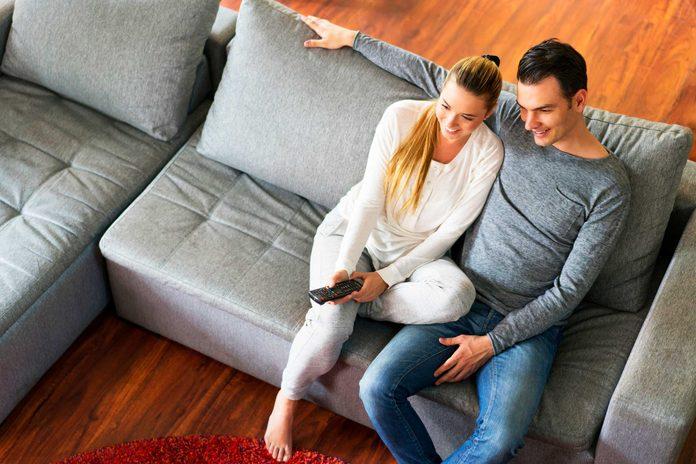 Les couples durables aiment passer du temps à deux et sont bien ensemble.