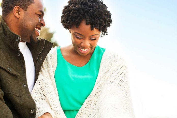 Le respect mutuel est une des bases des couples durables.