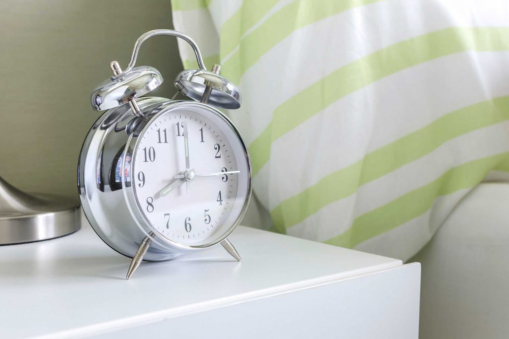Se lever à une heure raisonnable vous aidera à passer une bonne journée.