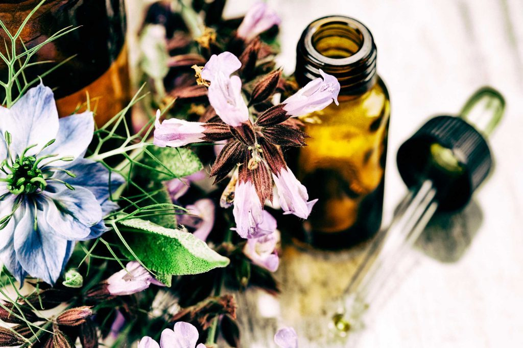 Les huiles essentielles sont bonnes pour la peaux et donnent une odeur rafraichissante.