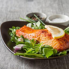 Le saumon soulagerait l'arthrite