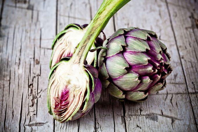 L'artichaut regorge bienfaits et vertus, en plus de vitamines et minéraux.