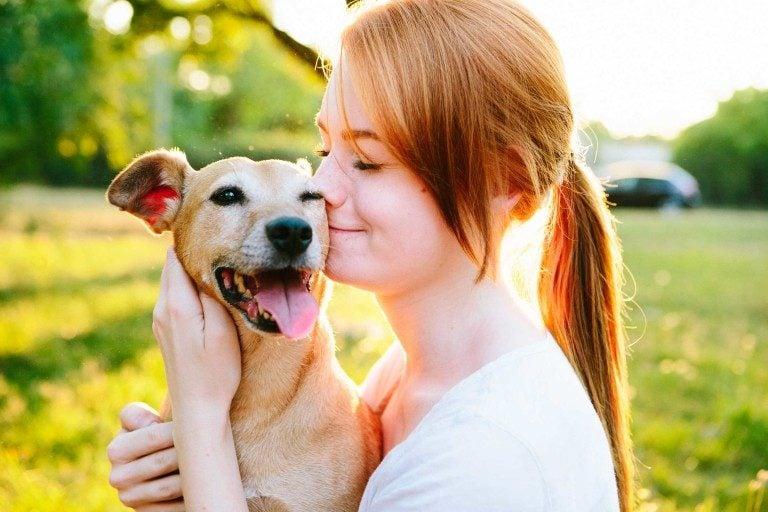 Votre chien vous fait confiance en restant de bonne humeur