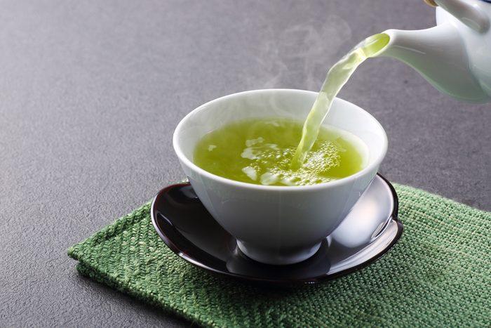 Boisson pour perdre du poids: thé vert