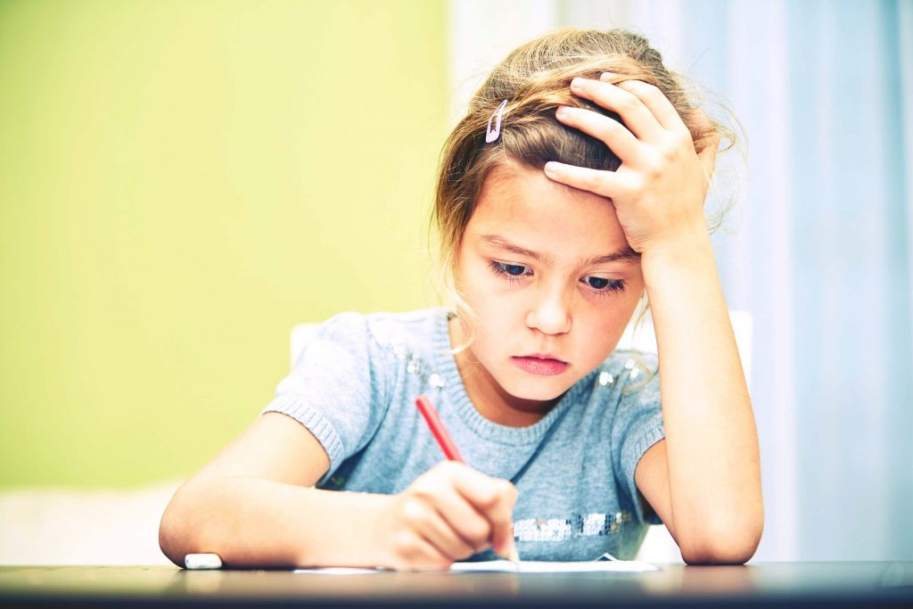 Dépression infantile: les notes baissent