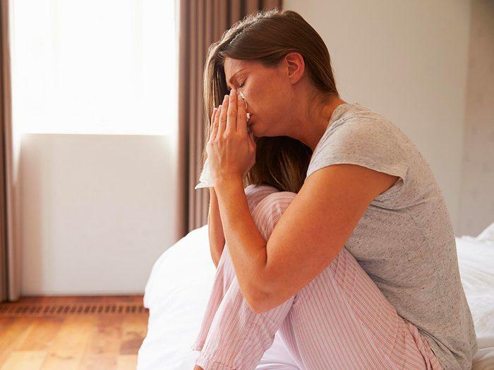 Le manque de sommeil peut affecter votre système immunitaire et vous faire tomber malade plus souvent.