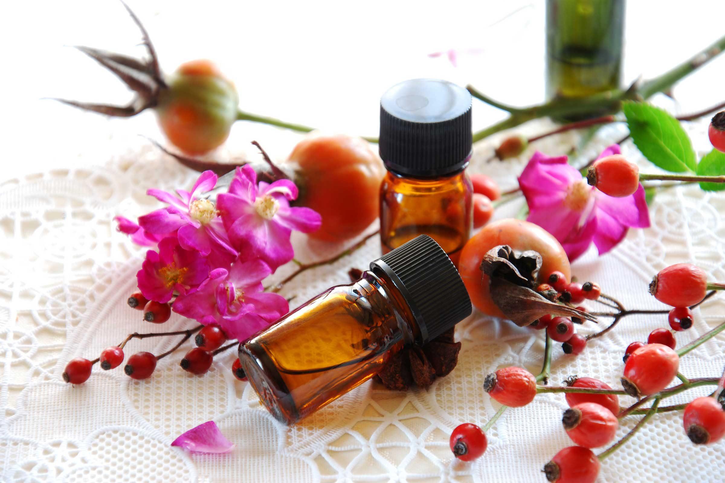 L'huile d'églantier a des propriétés anti-âge