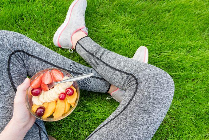 Ménopause: une alimentation saine et de l'exercice pour réduire les symptômes
