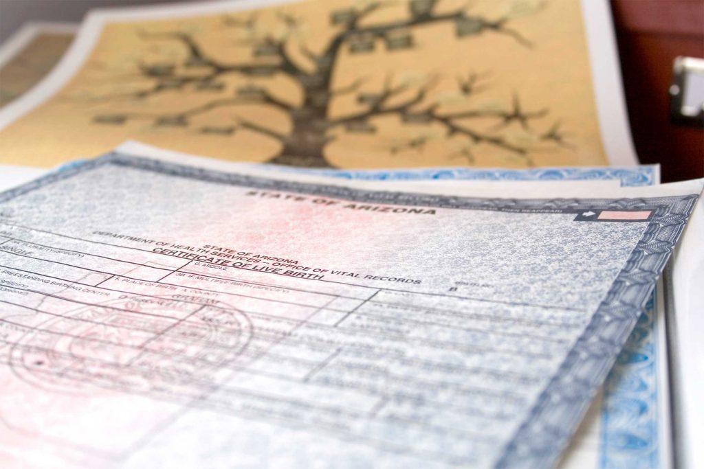 Aucune photo de votre certificat de naissance sur les réseaux sociaux