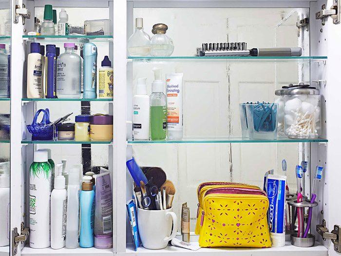 Les shampoings secs ne sont pas éternels.