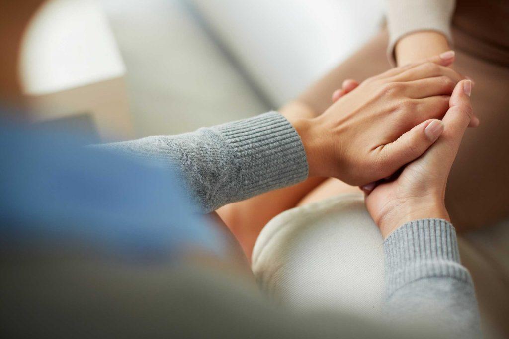 Faire preuve d'empathie est l'une des choses que vous devez savoir pour devenir un adulte.