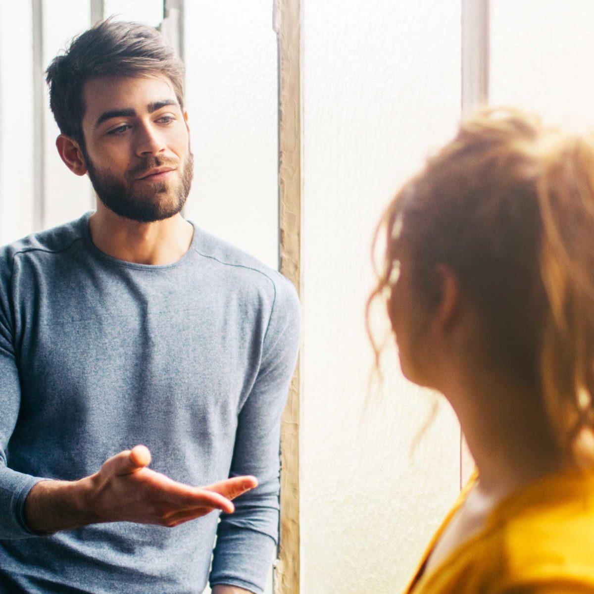 Guy que vous aimez est de sortir avec quelqu'un d'autre conversations en ligne de rencontres