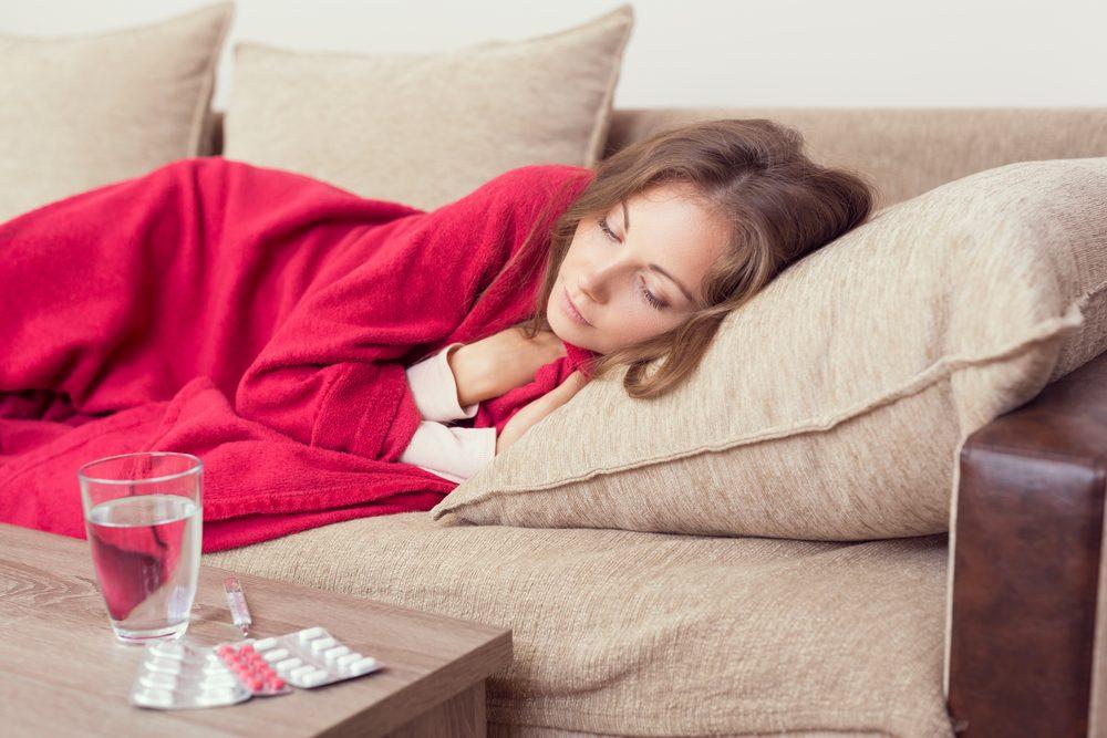 Un système immunitaire faible augmente les risques de cancer du col de l'utérus.