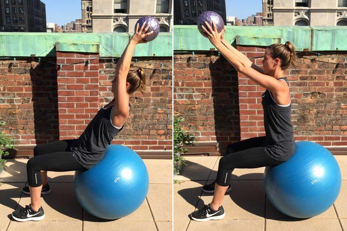 Les exercices avec un ballon sont excellents pour avoir un ventre plat.